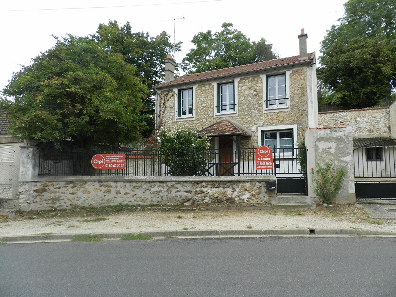 Maison à louer 4 86.5m2 à Soignolles-en-Brie vignette-1