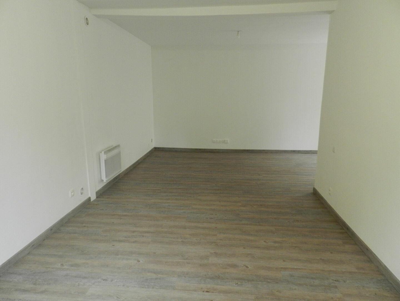 Maison à louer 4 86.5m2 à Soignolles-en-Brie vignette-3