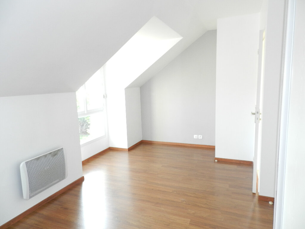 Appartement à louer 2 45m2 à Tournan-en-Brie vignette-3