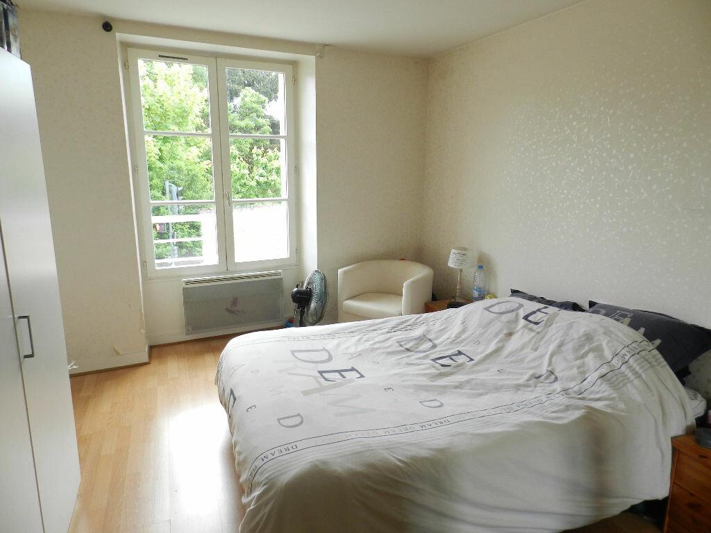 Appartement à louer 2 53.63m2 à Brie-Comte-Robert vignette-4