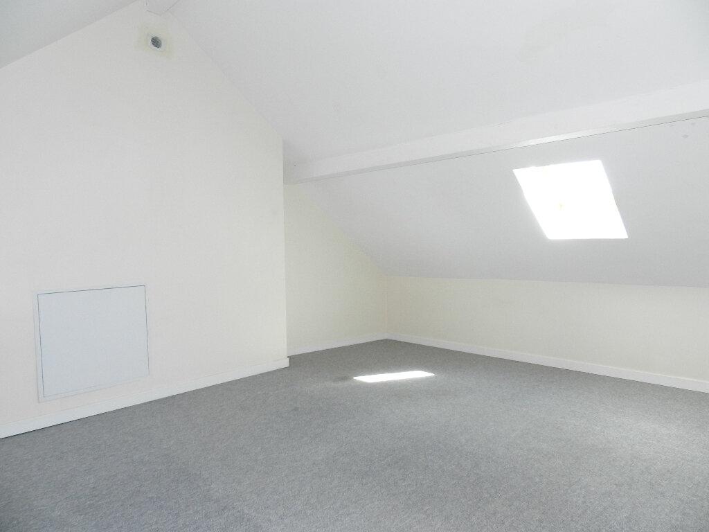 Appartement à louer 4 56.16m2 à Pontault-Combault vignette-6