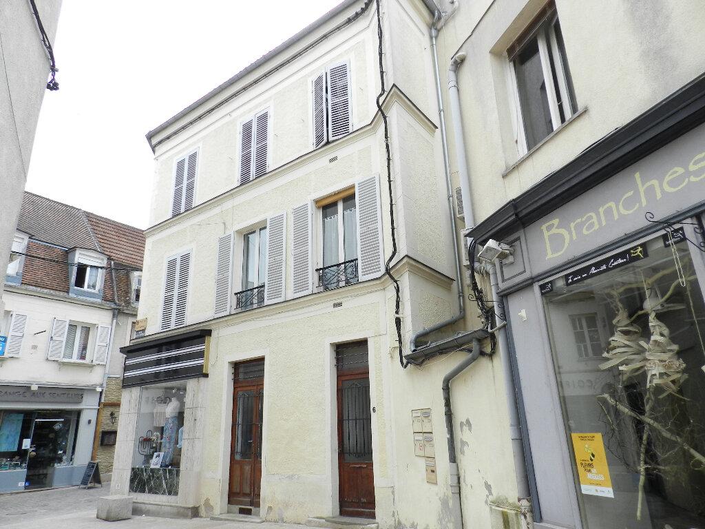 Appartement à louer 2 25.06m2 à Brie-Comte-Robert vignette-1