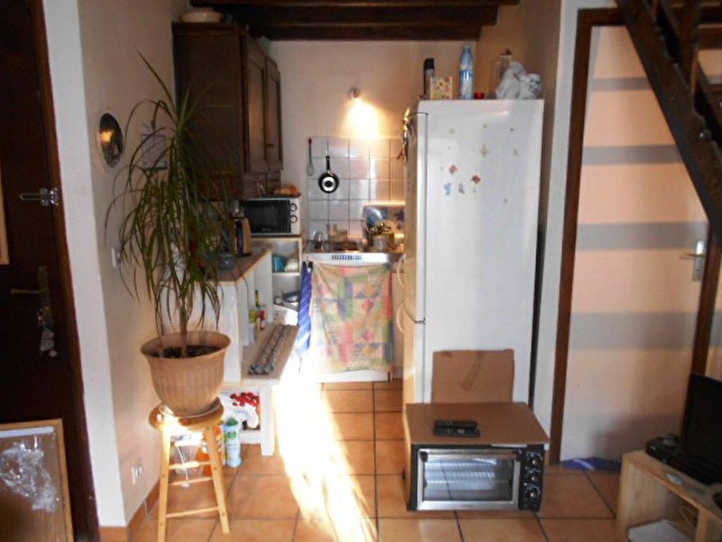 Appartement à vendre 1 19m2 à Grisy-Suisnes vignette-3