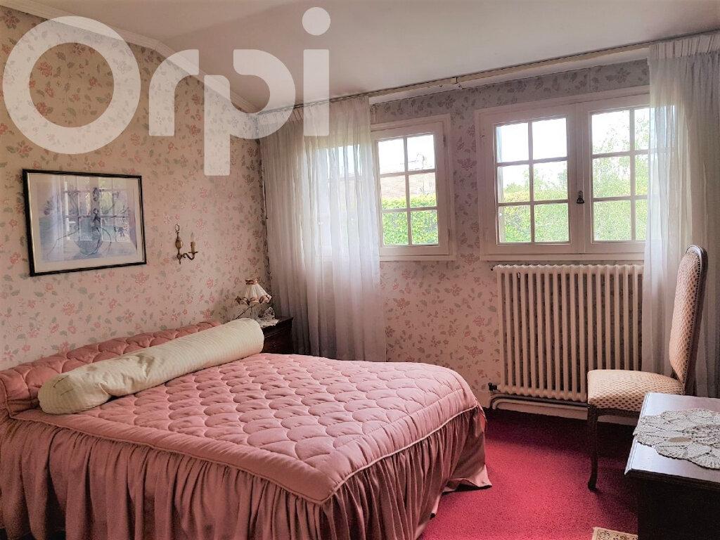 Maison à vendre 6 120m2 à Brie-Comte-Robert vignette-8