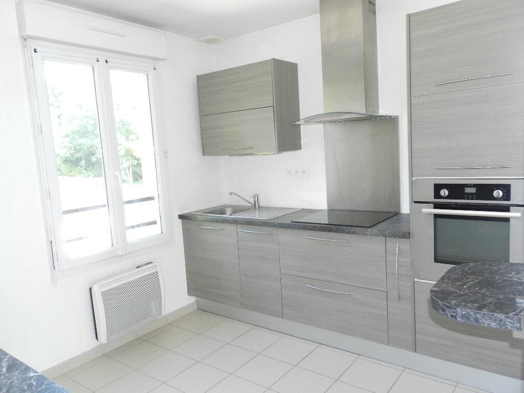 Appartement à louer 2 44.56m2 à Boussy-Saint-Antoine vignette-2