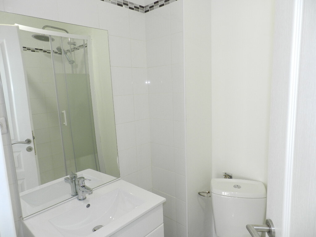 Appartement à louer 1 22m2 à Brie-Comte-Robert vignette-4