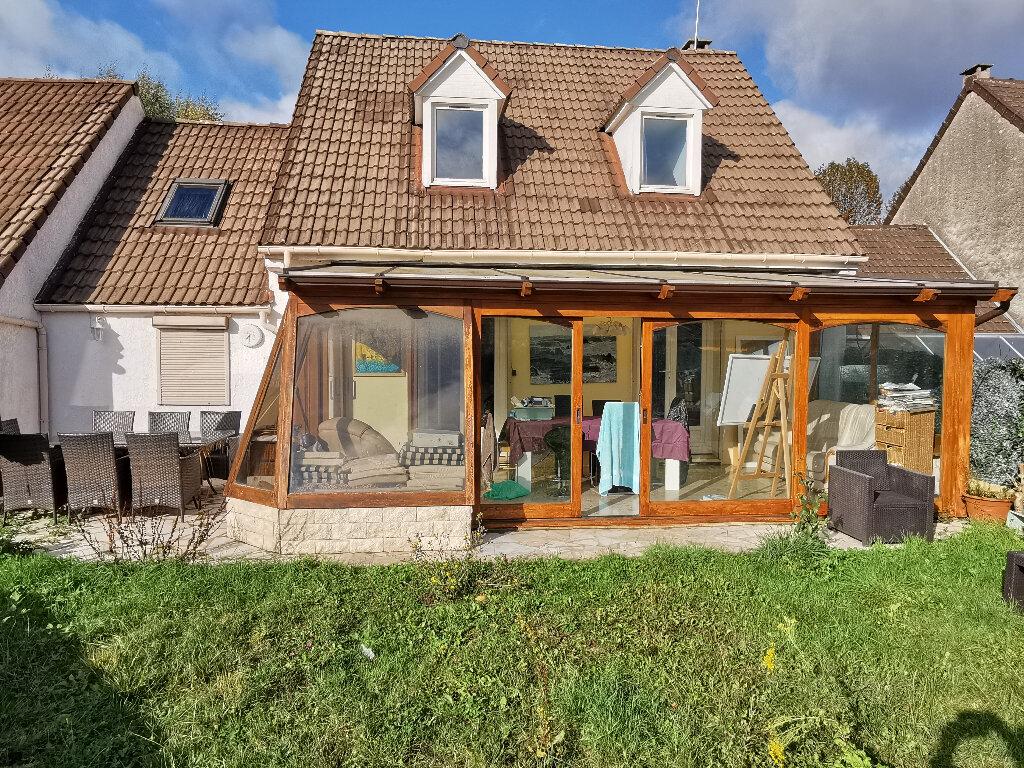 Maison à vendre 7 144.25m2 à Servon vignette-1
