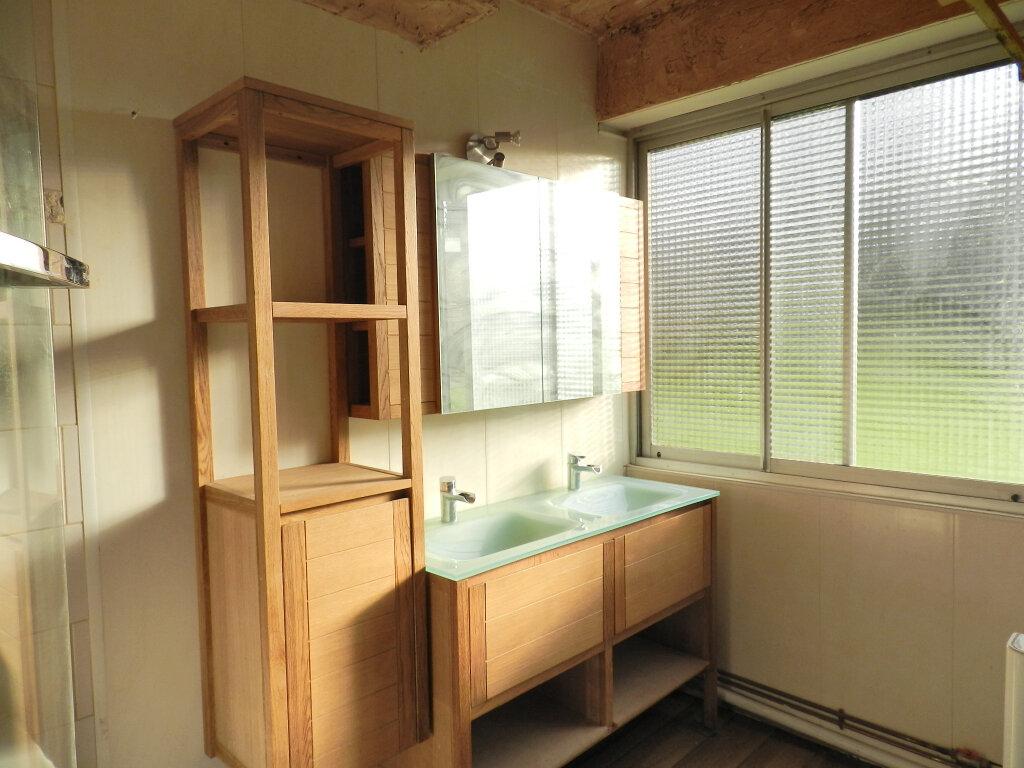 Appartement à louer 3 64.5m2 à Boussy-Saint-Antoine vignette-4