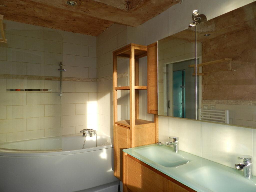 Appartement à louer 3 64.5m2 à Boussy-Saint-Antoine vignette-5