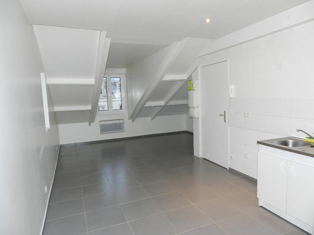 Appartement à louer 1 26.66m2 à Mandres-les-Roses vignette-1
