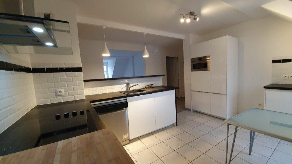 Appartement à louer 3 89.73m2 à Coulommiers vignette-5