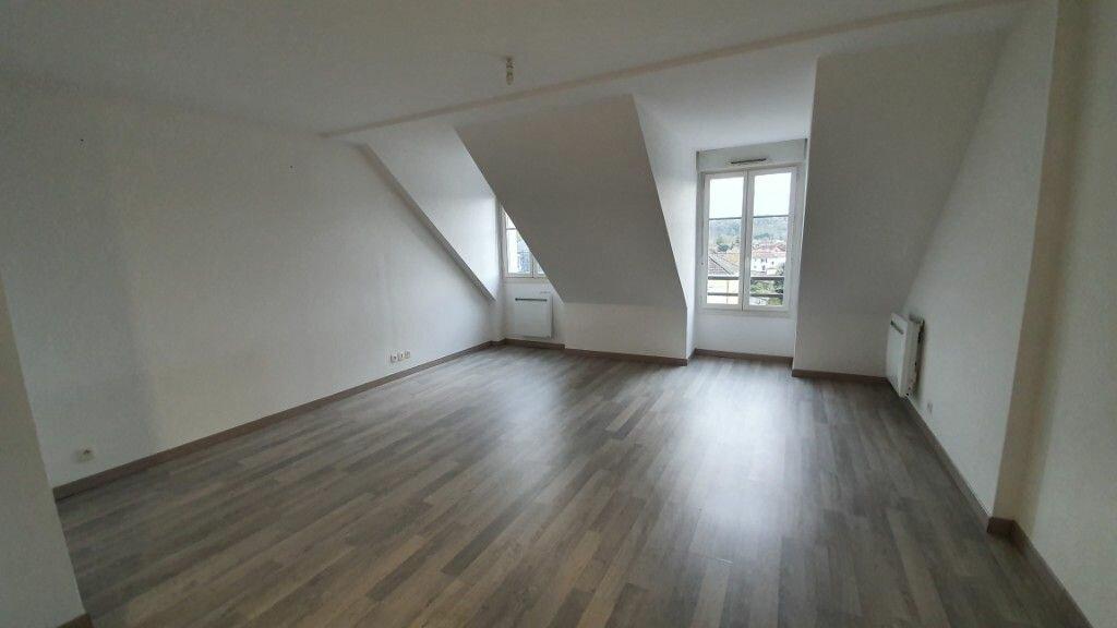 Appartement à louer 3 89.73m2 à Coulommiers vignette-6