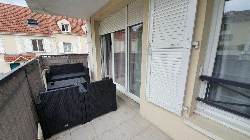 Appartement à louer 2 40.91m2 à Brie-Comte-Robert vignette-1