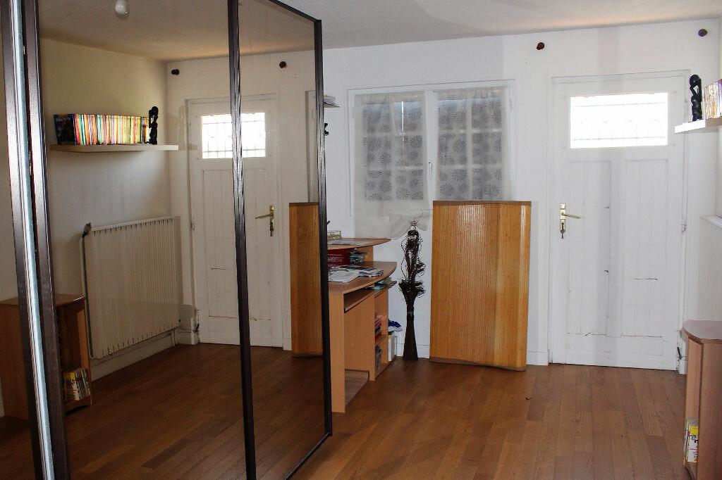 Appartement à louer 5 113.57m2 à Ecquevilly vignette-4