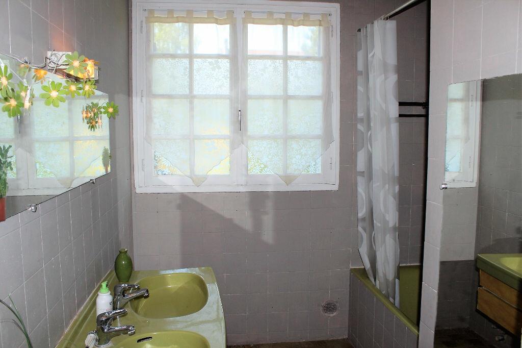 Appartement à louer 5 113.57m2 à Ecquevilly vignette-7
