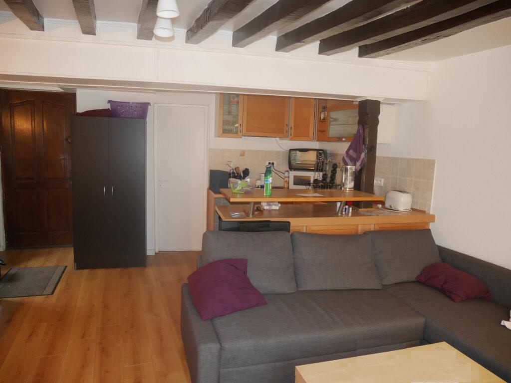 Appartement à louer 1 28.26m2 à Triel-sur-Seine vignette-1