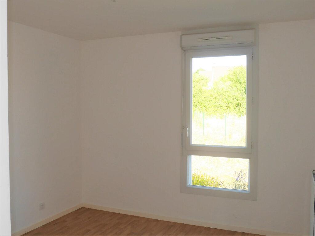 Appartement à louer 4 75.04m2 à Ecquevilly vignette-6