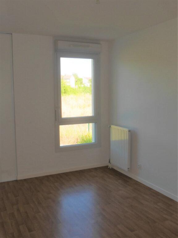 Appartement à louer 4 75.04m2 à Ecquevilly vignette-8