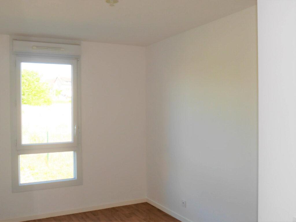Appartement à louer 4 75.04m2 à Ecquevilly vignette-9