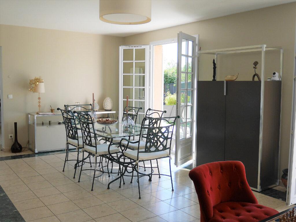 Maison à louer 7 129.43m2 à Verneuil-sur-Seine vignette-4