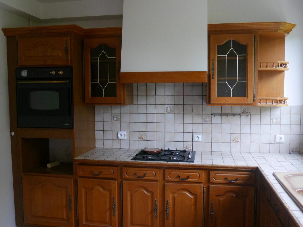 Appartement à louer 3 76m2 à Aubergenville vignette-1