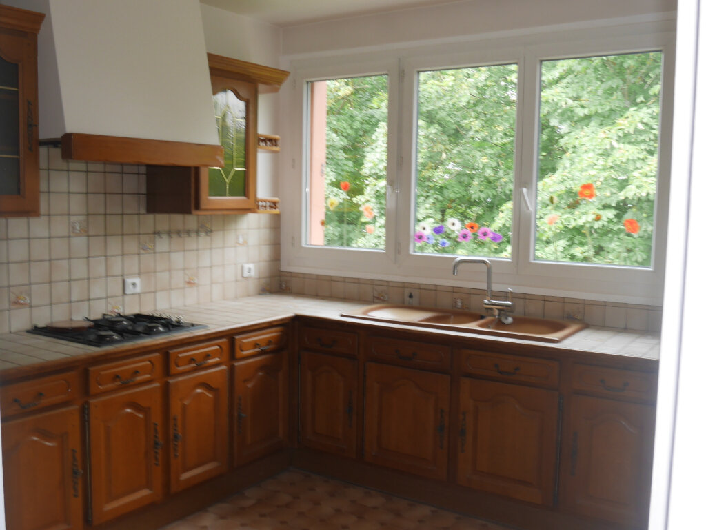 Appartement à louer 3 76m2 à Aubergenville vignette-2
