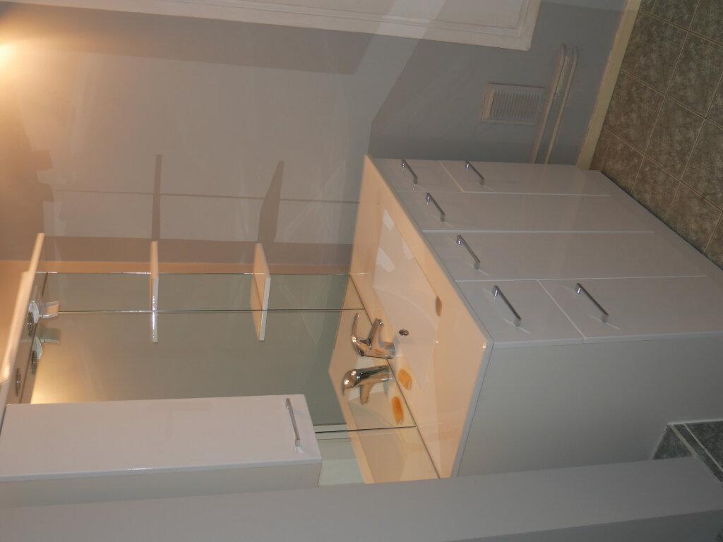 Appartement à louer 3 76m2 à Aubergenville vignette-6