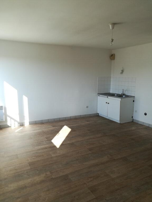 Appartement à louer 1 35m2 à Meaux vignette-2