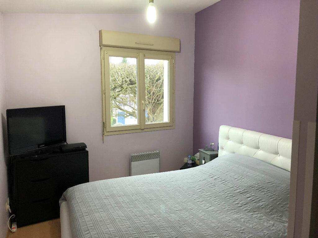Appartement à louer 3 57.86m2 à Fontenay-Trésigny vignette-2