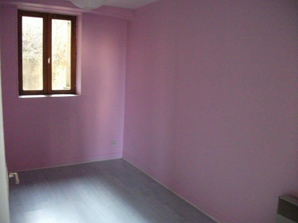 Appartement à louer 3 48.34m2 à Crégy-lès-Meaux vignette-4