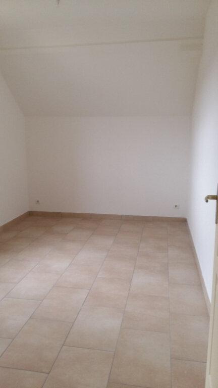 Appartement à louer 3 57m2 à La Ferté-sous-Jouarre vignette-3
