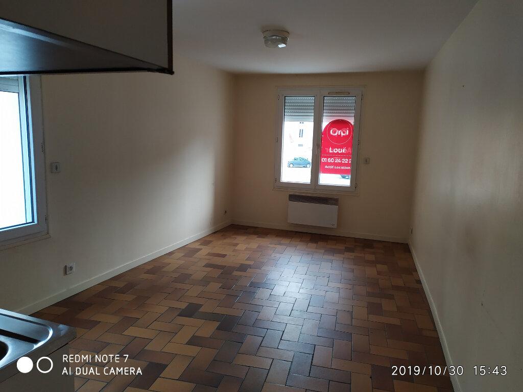 Appartement à louer 2 35m2 à Saint-Cyr-sur-Morin vignette-3