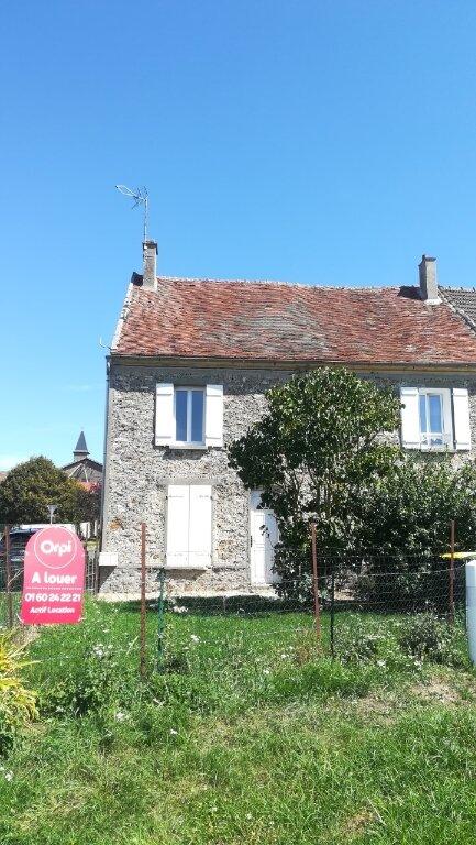 Maison à louer 3 0m2 à Bassevelle vignette-1