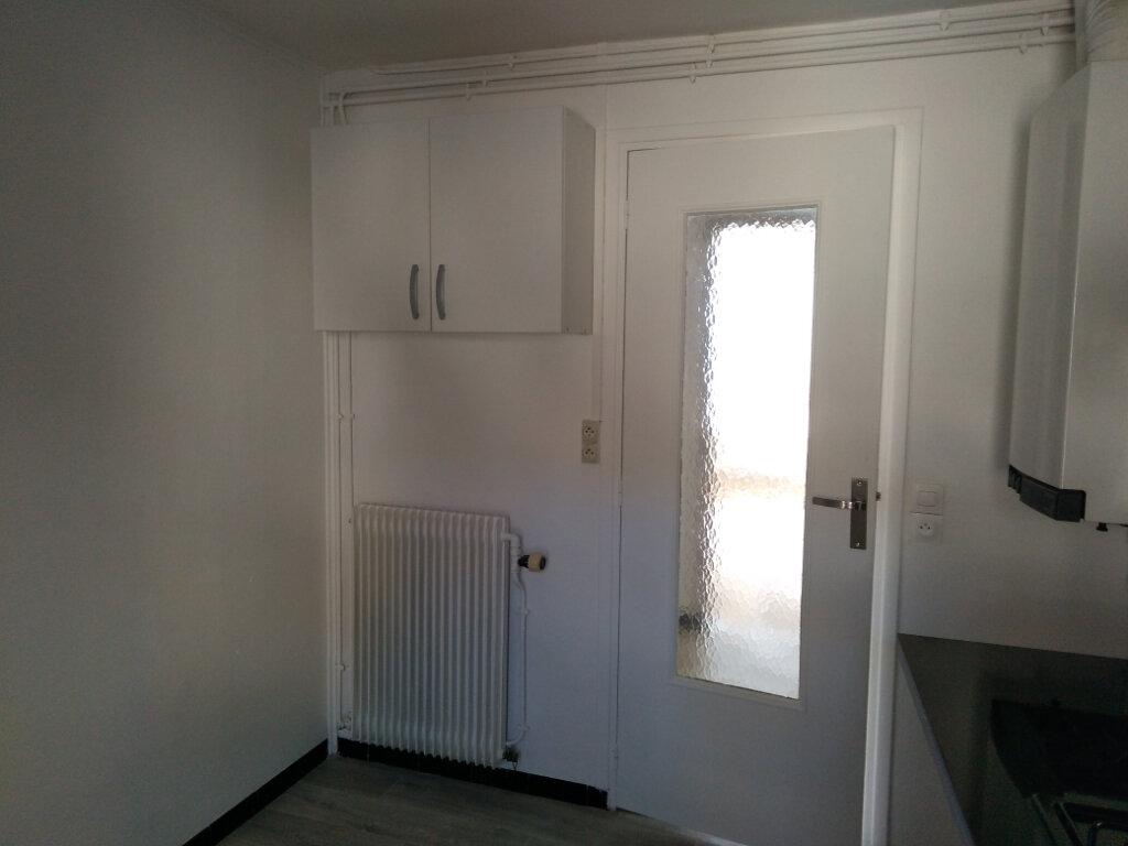 Appartement à louer 3 62m2 à Jouarre vignette-4