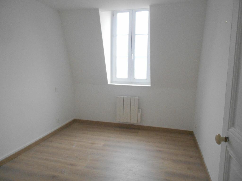 Appartement à louer 3 54.49m2 à La Ferté-sous-Jouarre vignette-2