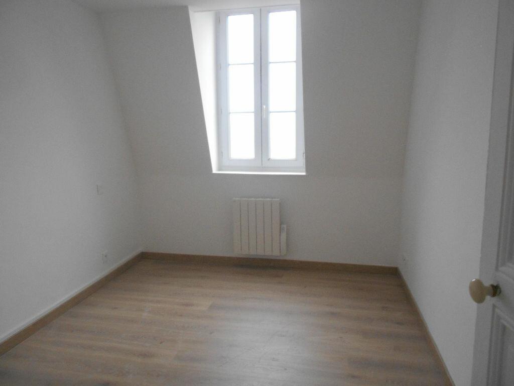 Appartement à louer 3 54.49m2 à La Ferté-sous-Jouarre vignette-4