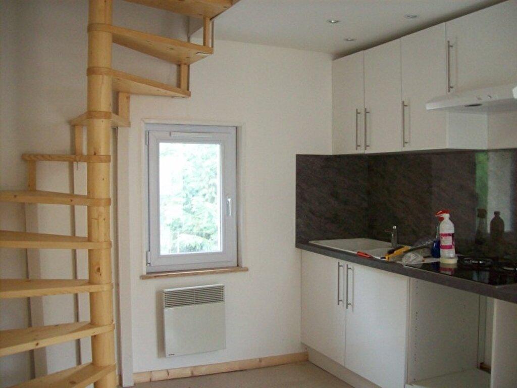 Appartement à louer 4 55m2 à Saâcy-sur-Marne vignette-2