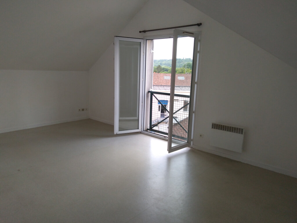 Appartement à louer 3 63.92m2 à La Ferté-sous-Jouarre vignette-1