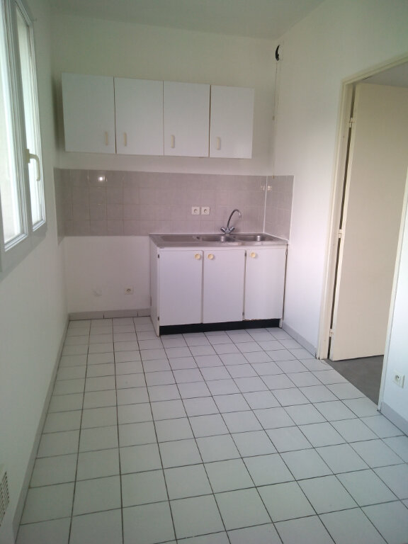 Appartement à louer 3 63.92m2 à La Ferté-sous-Jouarre vignette-2