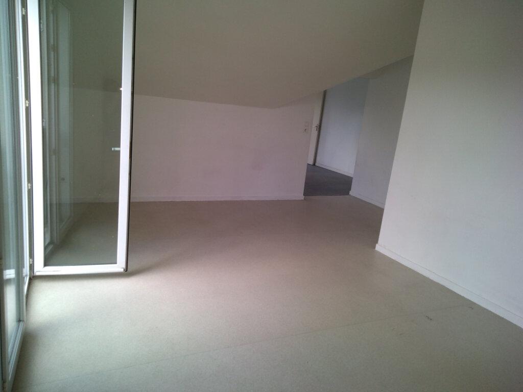 Appartement à louer 3 63.92m2 à La Ferté-sous-Jouarre vignette-4