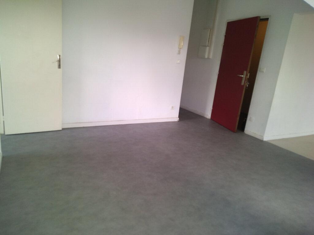 Appartement à louer 3 63.92m2 à La Ferté-sous-Jouarre vignette-7