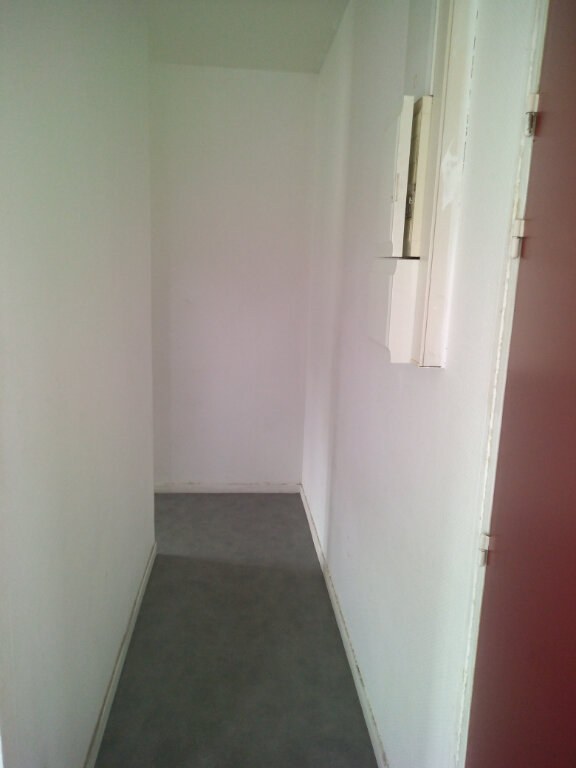Appartement à louer 3 63.92m2 à La Ferté-sous-Jouarre vignette-8