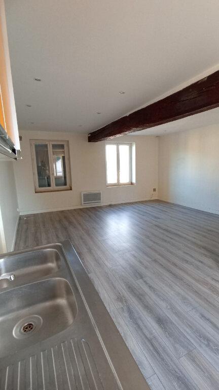 Appartement à louer 3 45.41m2 à Sammeron vignette-2