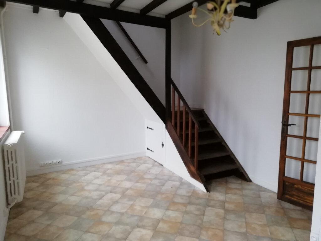 Maison à louer 3 62m2 à Saint-Cyr-sur-Morin vignette-2