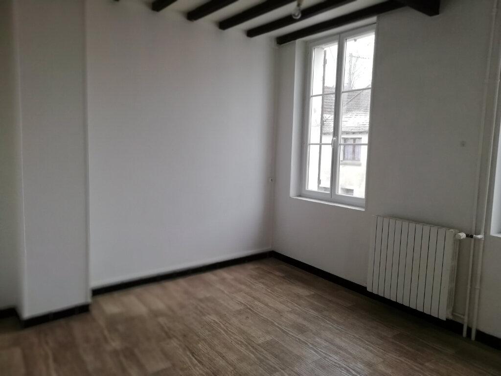 Maison à louer 3 62m2 à Saint-Cyr-sur-Morin vignette-3