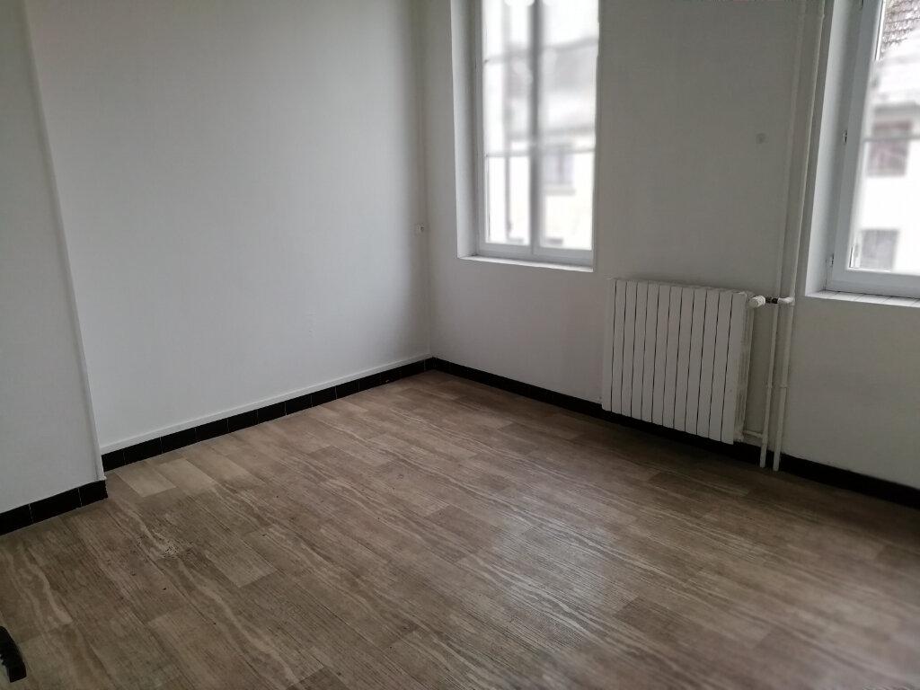 Maison à louer 3 62m2 à Saint-Cyr-sur-Morin vignette-4