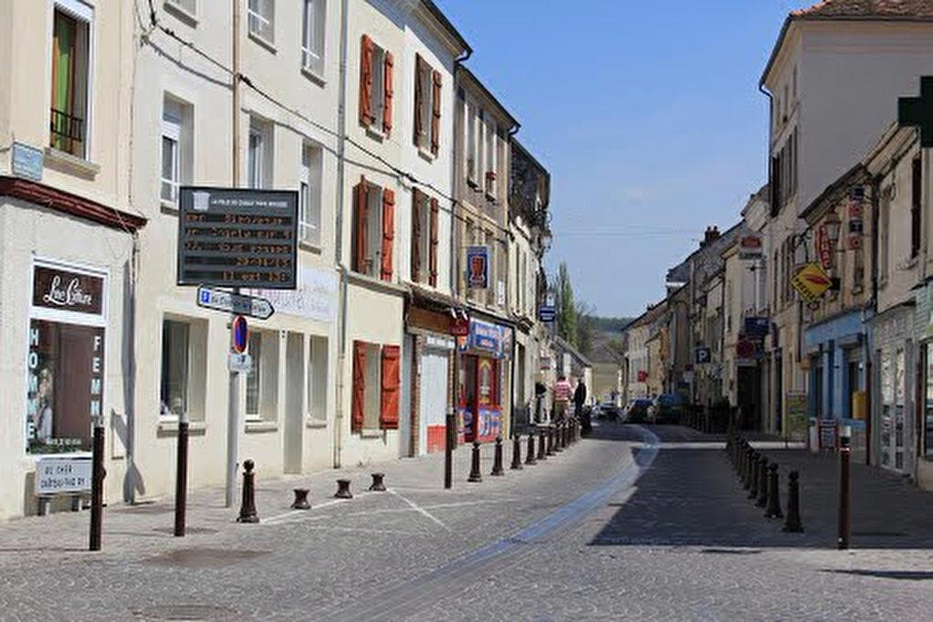 Appartement à louer 3 59m2 à Charly-sur-Marne vignette-2
