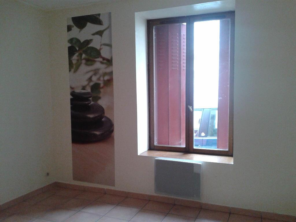 Appartement à louer 3 59m2 à Charly-sur-Marne vignette-5