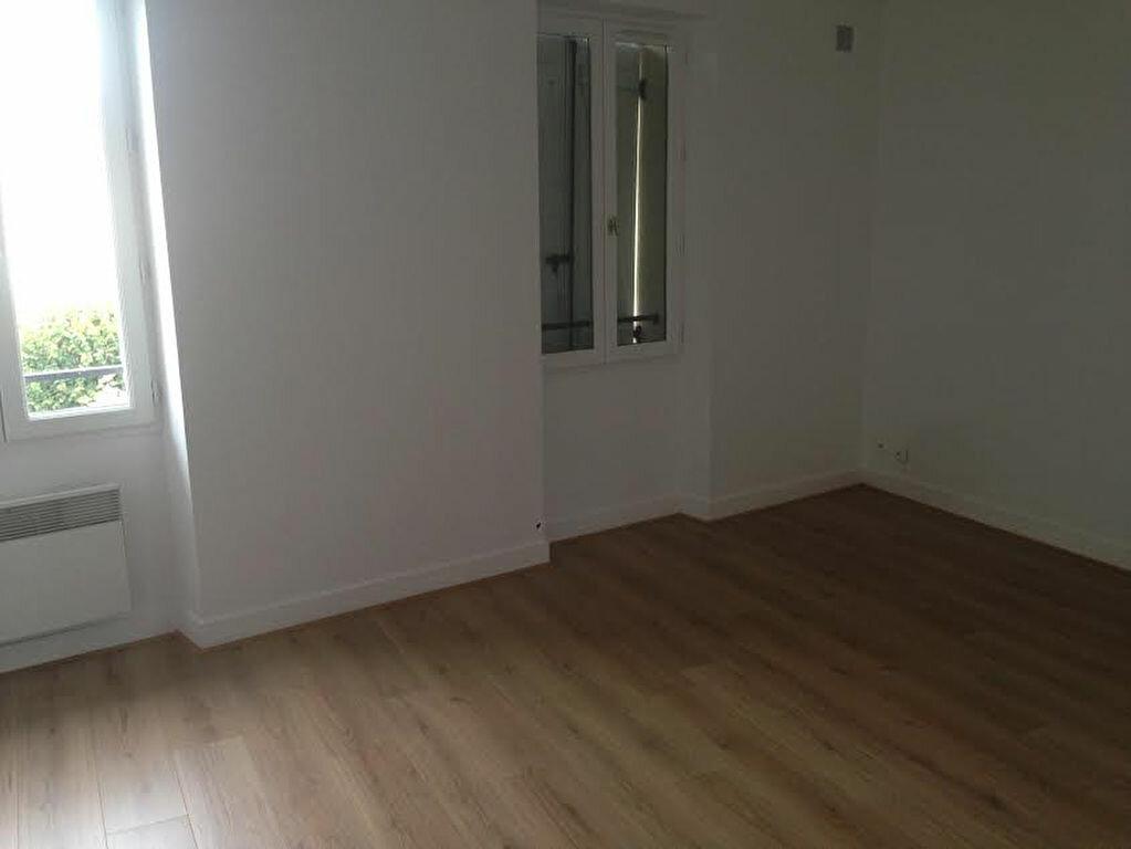 Appartement à louer 3 54.39m2 à La Ferté-sous-Jouarre vignette-9