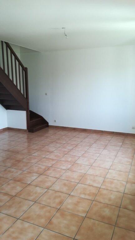 Appartement à louer 3 50m2 à Saâcy-sur-Marne vignette-1